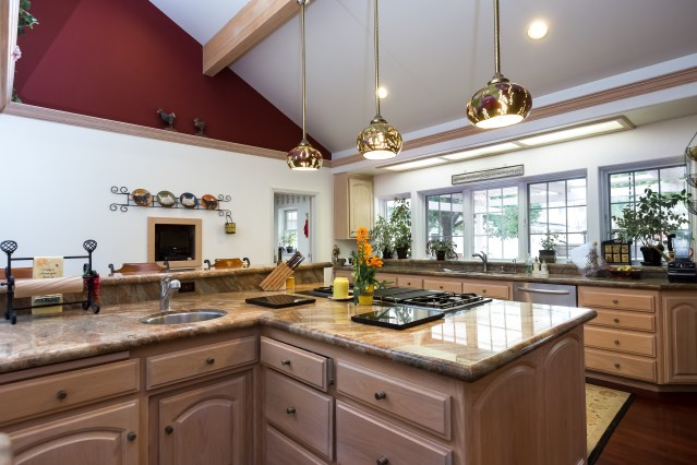Welcoming Intimate Showhouse Kitchen: Santa Barbara & Montecito Real Estate